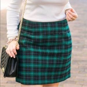 Super cute old navy plaid mini skirt